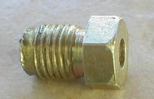 Conector de tubo de freio